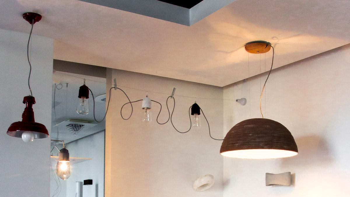Negozio lampadari e lighting design progetto luce for Mercatone uno lampadari ventilatori