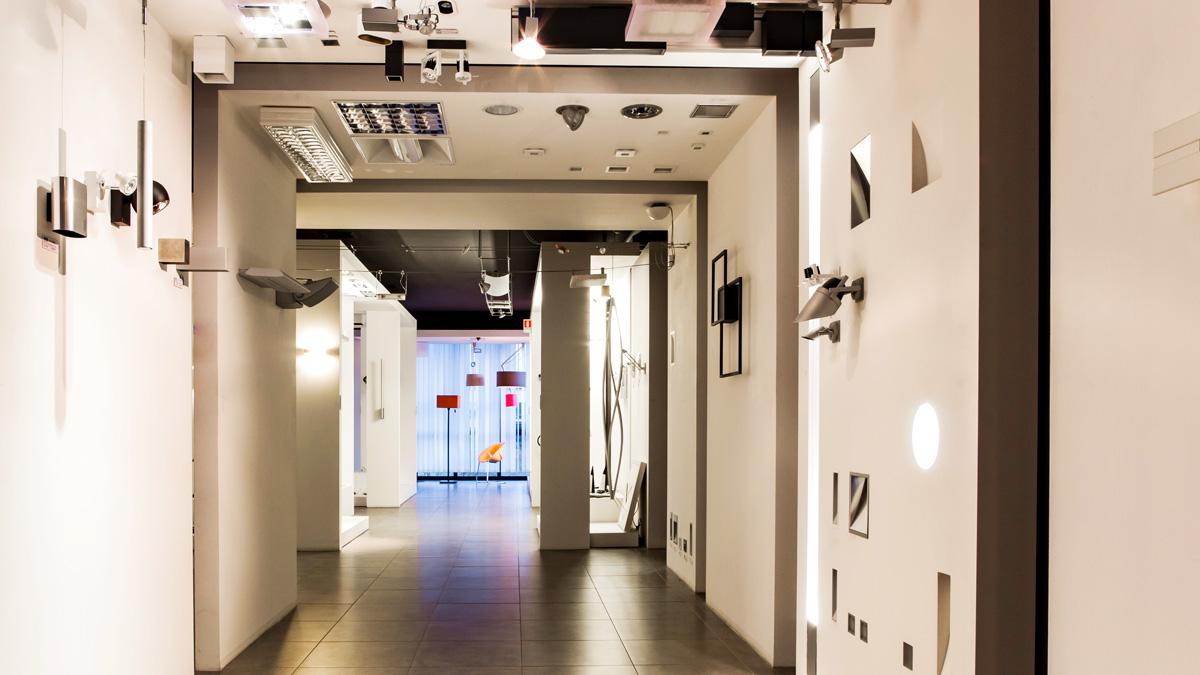 Chi siamo azienda lampadari progetto luce for Arredatori online