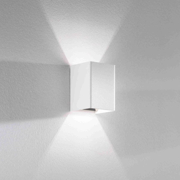 Cube led wall lamp