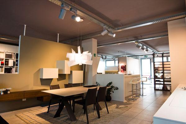 progettazione illuminotecnica per show room